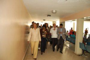 Autoridades de Salud reciben comisión de Diputados en hospital Antonio Musa de SPM