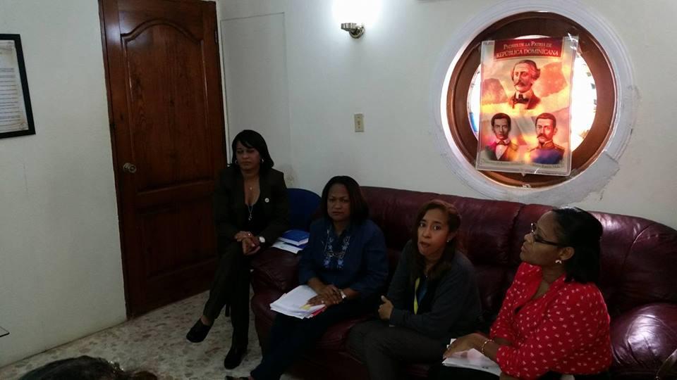 Técnicos del SNS y Regional de Salud Este tratan metodología a utilizar en línea de base en hospitales del IDSS