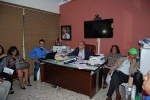 Dr. José Rodríguez Abreu encabeza reunión con equipo gerencial del SRS Este