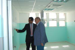 Dr. José Rodríguez Abreu supervisa trabajos de reconstrucción del hospital Antonio Musa.