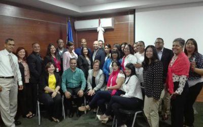 Equipo gerencial del Servicio Regional de Salud Este participa en reunión sobre puntos focales regionales y administrativos.