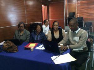 Técnicos del S.R. de Salud Este participan en taller sobre implementación de herramientas para manejo y control de medicamentos basados en la web.