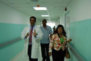 Dra. Derca Reyes supervisa trabajos en hospital Antonio Musa de SPM.
