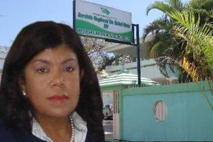 Dra. Derca Reyes felicita a secretarias al celebrarse este 26 de abril su día.