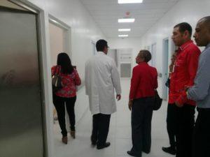Personal de la dirección General de Habilitacion visita hospital Antonio Musa