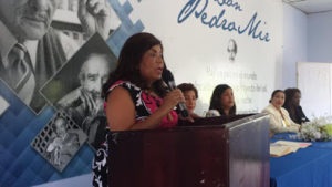 Dra. Derca Reyes directora del Servicio Regional de Salud Este felicita a las madres en su Día