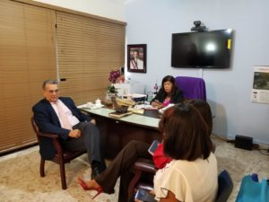 Director Materno Infantil del SNS visita SRS Este donde sostiene reunión