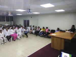 Realizan encuentro con obstetras de hospitales pertenecientes al Servicio Regional de Salud Este