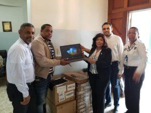Servicio Regional de Salud Este recibe 30 laptops para el fortalecer de atenciones en CPN