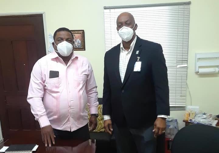 Directores Regional Este y Provincial de Salud SPM, se reunen para coordinar trabajos contra el COVID-19