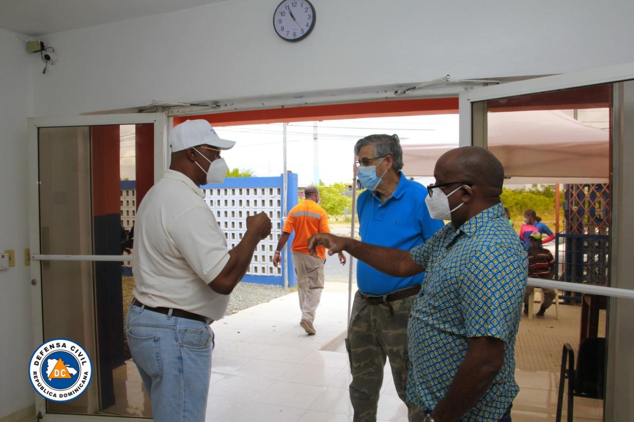 Director de la Regional Este de Salud Visita Centros de Vacunación en la Jornada Vacúnate RD contra Covid19.