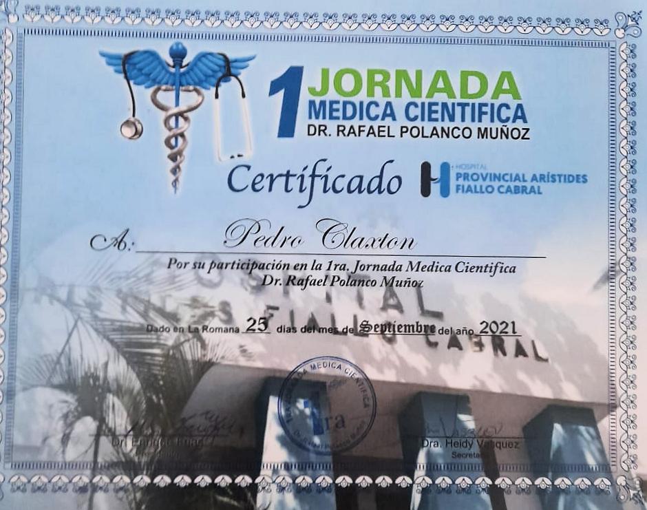 Director SRS Este felicita a los organizadores de Jornada Médica