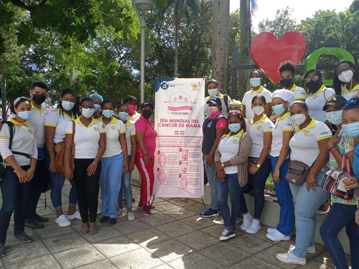 Realizan actividad de sensibilización sobre la prevención del cáncer de mama